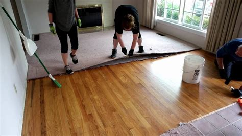 timelapse  carpet removal exposing hardwood floors youtube