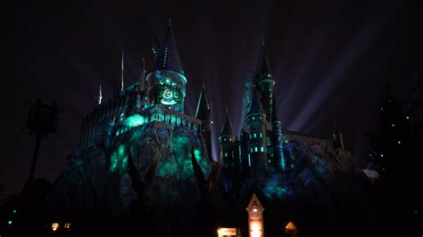 hogwarts light orlando universal orlando resort the nighttime lights at