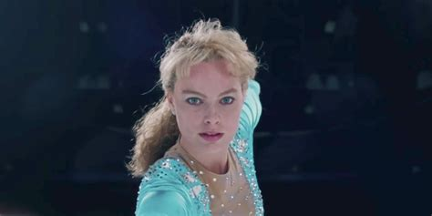 i tonya i tonya review robbie janney pack a powerful punch