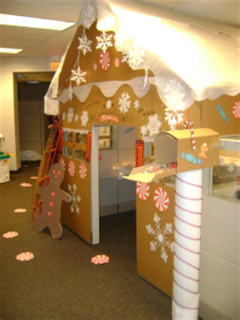 giner bread cubicle christmas decorations decorate office cubicles office decor