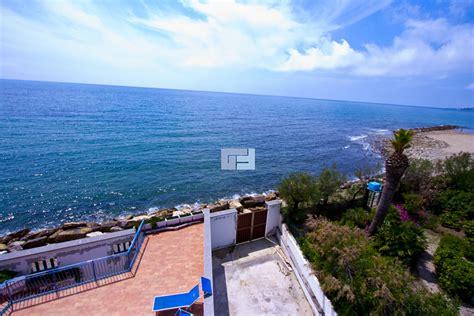 casa mare lazio villa sulla costa tirrenica in lazio in vendita