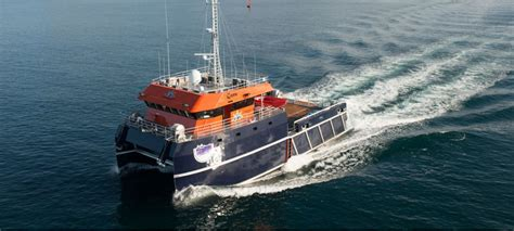 catamaran workboat lomocean design naval architecture and yacht design 23