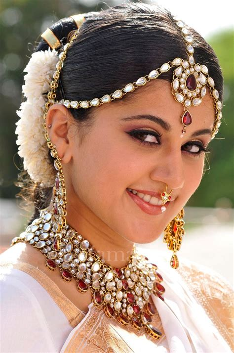 Hairstyle Accessories India by Indian Wedding Gallery Indian Bridal Hair Accessories