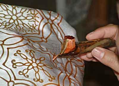 Malam Lilin Untuk Membatik Batik Tulis Batik Cap batik trusmi cirebon