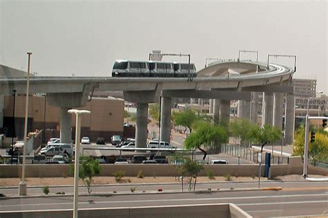 light rail to sky harbor airport to commuter connection