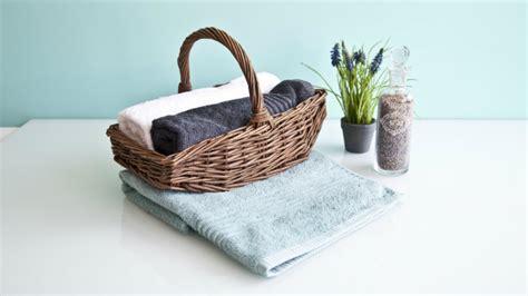 set asciugamani bagno set asciugamani per bagno classe senza tempo dalani