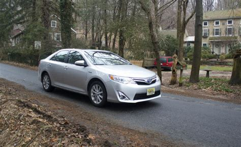 toyota camry 2013 mpg 2013 toyota camry hybrid review