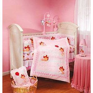 strawberry shortcake bedroom decor 17 best images about strawberry shortcake baby room decor