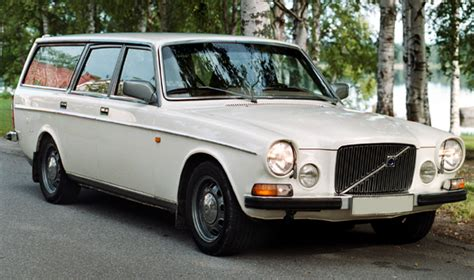 volvo  estate   car