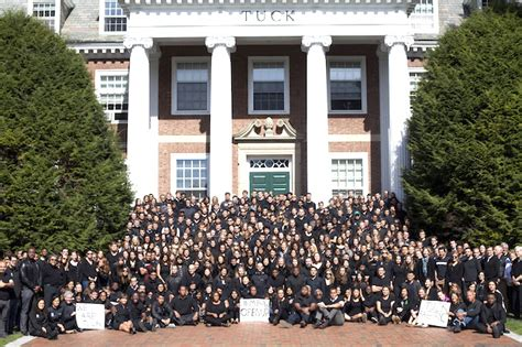 Dartmouth College Tuck Mba by Esade Tuck Connect Best With Applicants