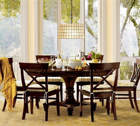 montego expanding dining table from pottery barn