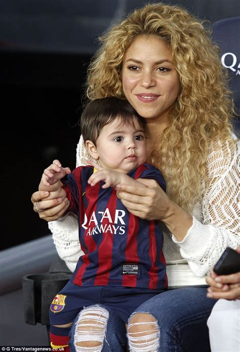 shakira welcomes baby boy and his name is e news shakira cheers on husband gerard pique alongside baby