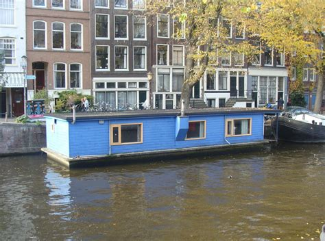 house boats amsterdam image gallery houseboat amsterdam