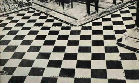 pavimento a scacchi massoneria il pavimento a scacchi