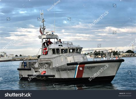 boat repair oahu us coast guard patrol boat honolulu stock photo 1033507