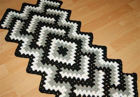 crochet pattern drop in the pond crochet tablecloth in quot drop in the pond quot pattern more