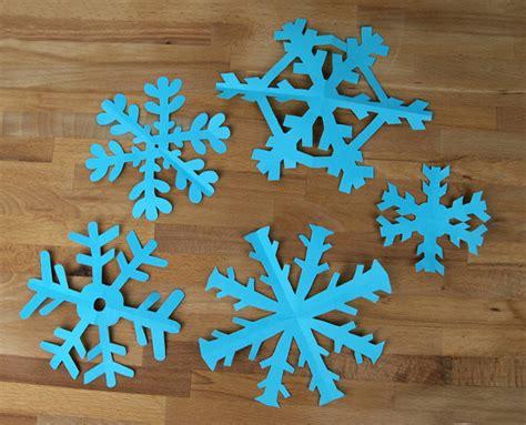 Schneeflocken Aus Papier Basteln by Weihnachtsbasteln Schneeflocken Basteln