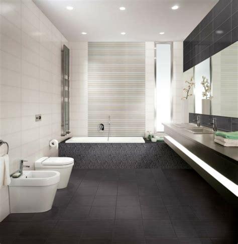 galley badezimmer designs 120 coole modelle vom designer badspiegel archzine net