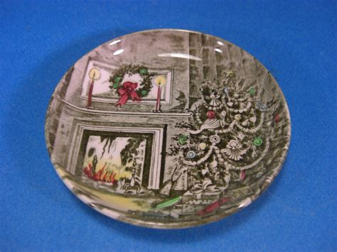 johnson bros merry christmas coaster dish england fireplace hearth