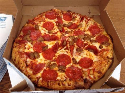 domino pizza depok 2 domino s pizza 11 reviews pizza 2235 e main st