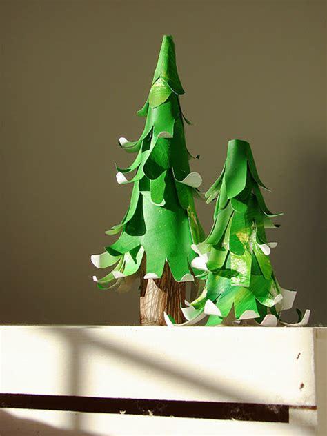 handprint christmas trees fun family crafts