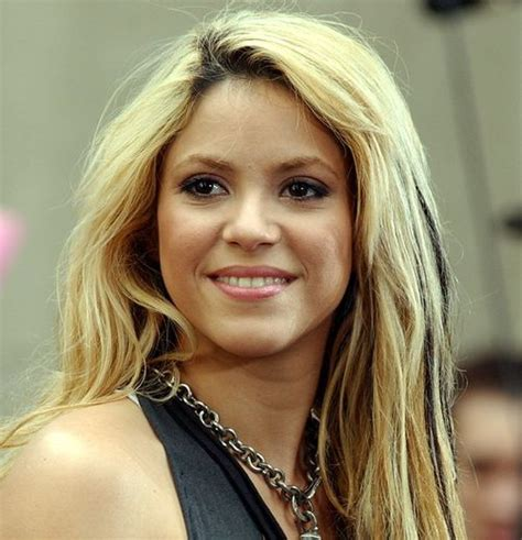 biography shakira collection shakira biography