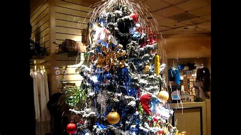 christmas tree in treasure island las vegas gift shop