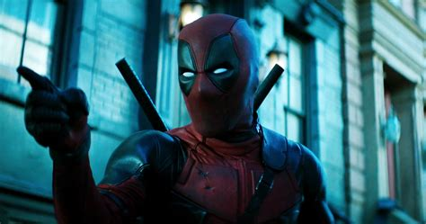 deadpool teaser the deadpool 2 teaser that s showing with logan in
