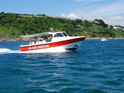 boat trip finder boatzer glass bottom boat trips