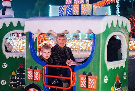 haggin oaks christmas lights top 28 haggin oaks bakersfield lights take in the lights with bike