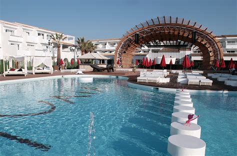 best beach hotels in ibiza adanai ushuaia ibiza the party vacation killer app