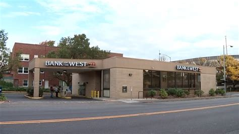 bank of the west bank of the west locations or