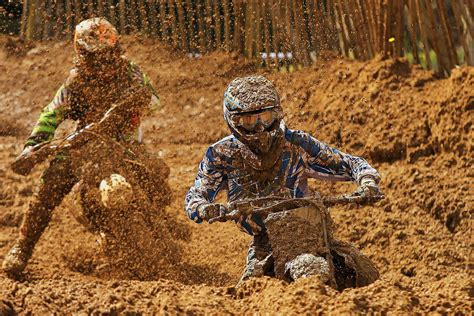 motocross racing wallpaper hd race motorcycle sports racing dirtbike motocross