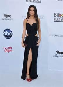 Essaye Moi Entier by Donnez Moi Le Look De Selena Gomez Le Cahier