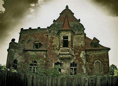 scary houses abandoned houses