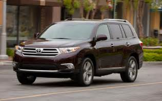 Toyota Highlandar 2013 Vs 2014 Toyota Highlander Styling Showdown Truck