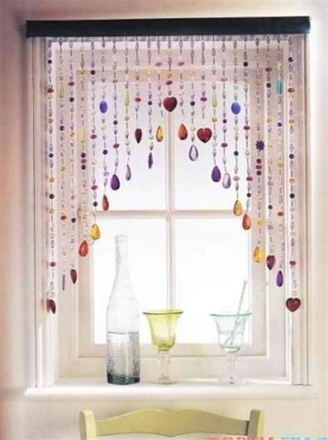 diy bead curtain how to make a cute beaded curtain http www usefuldiy