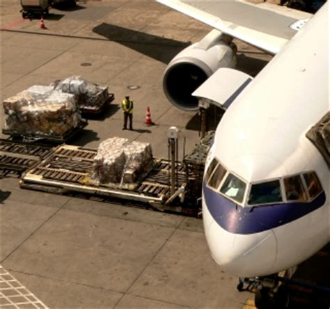 ph domestic air freight volume up 8 in nine months portcalls asia asian shipping and