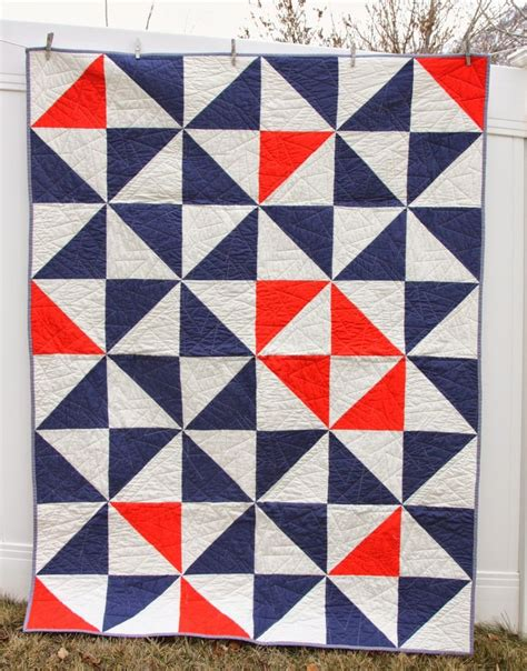 triangle quilt pattern tutorial half square triangle baby quilt pattern triangle quilts