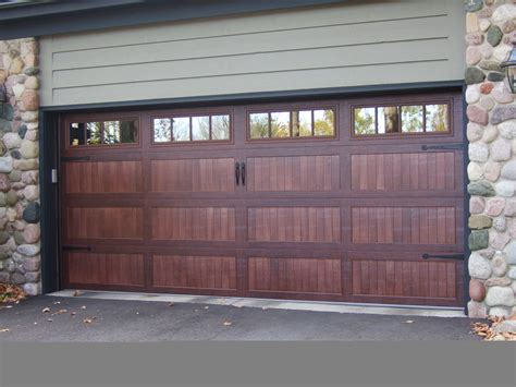 Chi Overhead Door New Accents Series From Chi Accents Series 16x7 59xx Ch Industries Garage Door