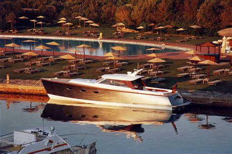 Gfk Yacht Lackieren by Gfk Wrede Yacht Refits