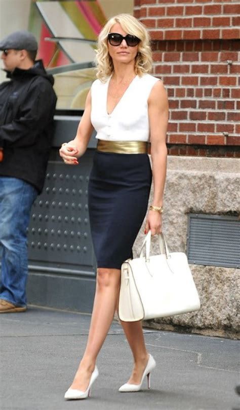 Cameron Diaz Wardrobe In The by Cameron Diaz S On Screen Style Practically Fashion