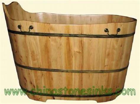 cedar bathtub wooden bathtubs insteading