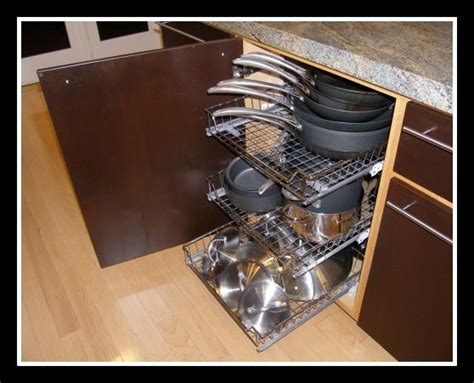 Pull Out Drawers For Pots And Pans by 26 Best Images About Kitchen Cabinet Ideas On Pull Out Shelves Pantry Cabinets And