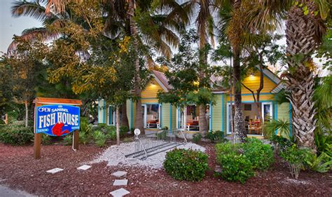 Image Gallery Sanibel Restaurants