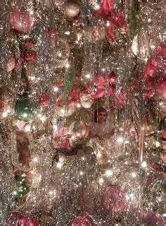 how much tinsel for a 12 tree knickerbocker style design an fashioned tree