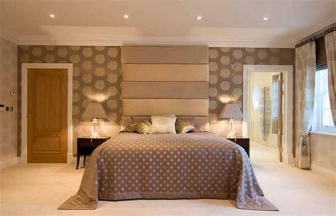 ways bedroom wallpaper  transform  space