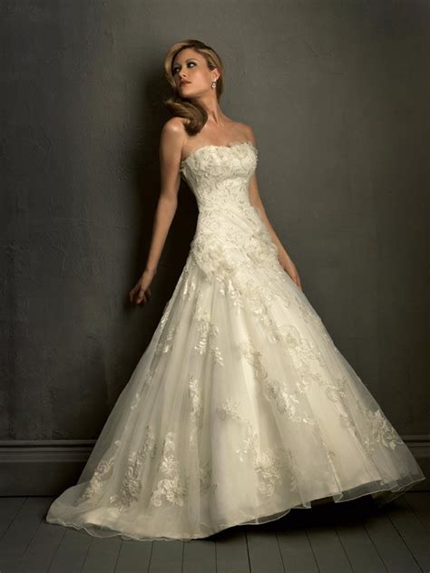 strapless lace wedding dress with ball gown ipunya