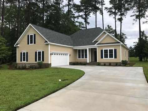 Handcrafted Homes New Bern Nc - 4324 periwinkle pl new bern nc 28562 carolina colours