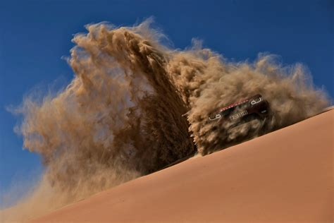 land rover desert video new range rover sport takes on the world s largest